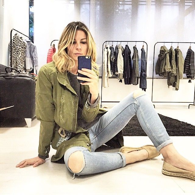#RobertaRuiu Roberta Ruiu: Buongiorno ❤️ - #goodmorning #saturday #mirror #selfie #ootd #look #casual #jeans #espadrillas #zara #spring #parka #jacket #bazardeluxe #blonde #girly #fashionable