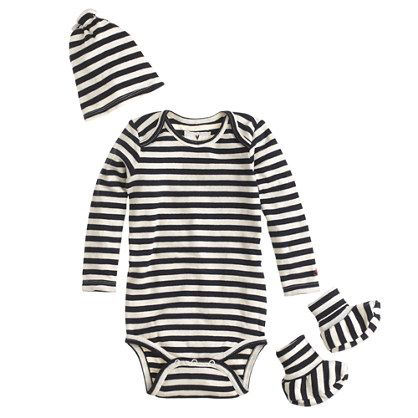 The perfect present for a new mom or dad (or newborn—but they can't thank you till later). The set contains one long-sleeve bodysuit, a matching knotted beanie and too-cute booties, all in a crewcuts gift box. All you need now is a card.  <ul><li>Please note that sizes are measured in months.</li><li>Cotton.</li><li>Machine wash.</li><li>Import.</li><li>Online only.</li></ul>