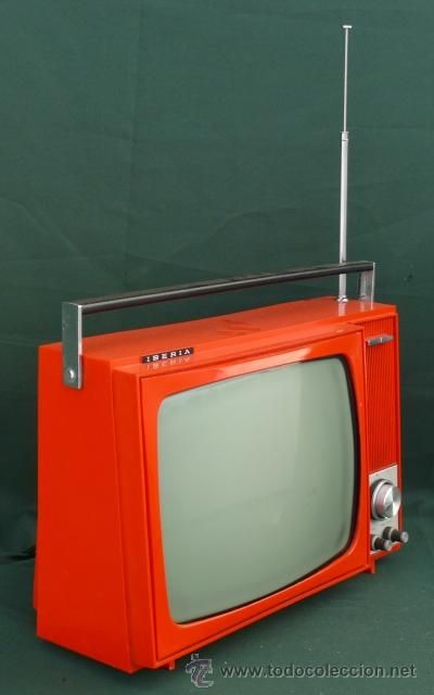 TELEVISOR ANTIGUO INVICTA  ROJO VIVO
