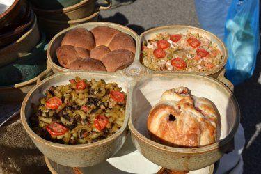 Říčanská keramika a plastiky - Certifikované produkty - ARZ - Regionální značky
