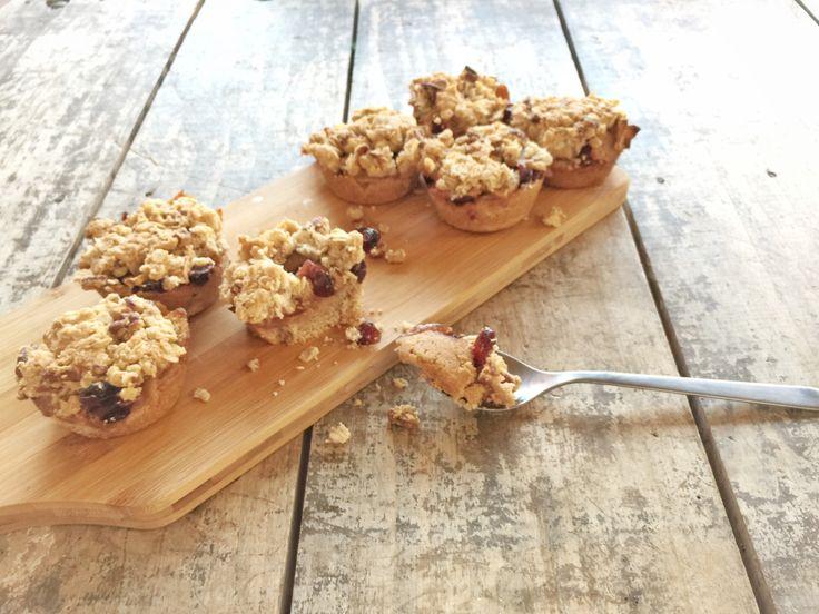 Suikervrije appel-crumble gebakjes – Tuur met pruimen