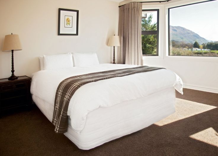 Pembroke Lodge   Wanaka Holiday Houses