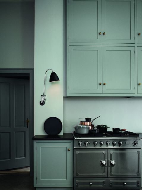 love the color of this kitchen