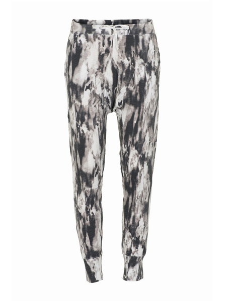 """Fashionable tapered sweat pants from Tusnelda Bloch.  Normal tapared fit  100% reclaimed Cotton - Space print  Sustainability:  The style is made from """"reclaimed cotton"""" which means that it is produced from a 100% residues of normal cotton production without using additional water.  #Futuristic #fashion #minimalistic #danishdesign  Find it in our webshop:  www.butikbutik.dk  (or click on the piture)"""