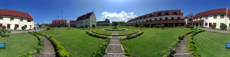360 view of Fort Rotterdam, an ex Dutch-Indies military fortress.