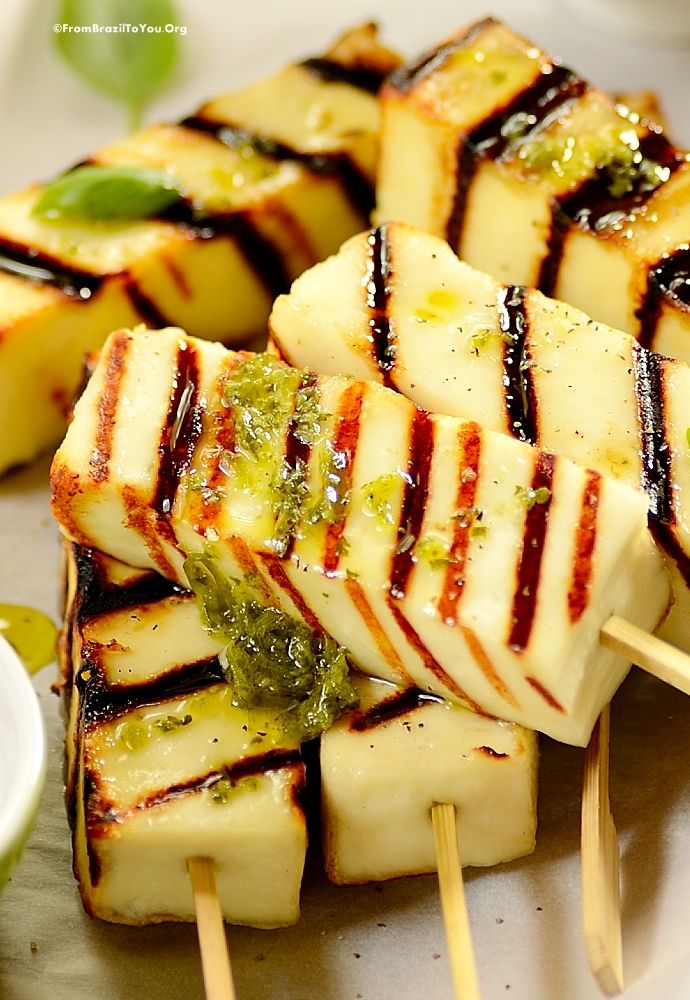 Grilled Cheese Sticks & The Best Cheeses for Grilling - A healthy snack and also quick starter. Great for cookouts, get-together, and other events. #cheese #grilling