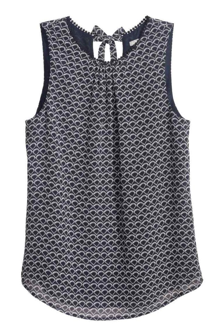 Blusa de gasa sin mangas | H&M                                                                                                                                                                                 Más