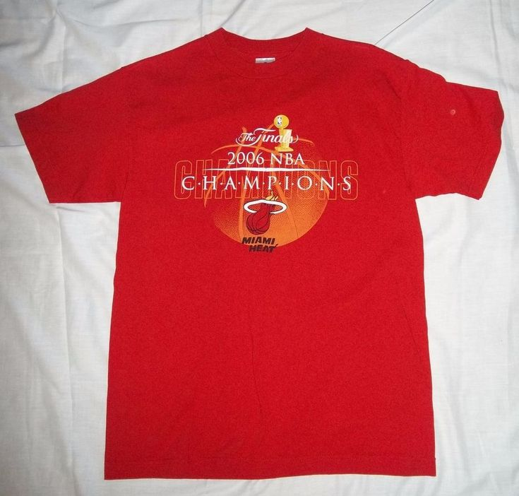 Miami Heat 2006 NBA Champions Basketball T-shirt mens Size Medium #Alstyle #MiamiHeat