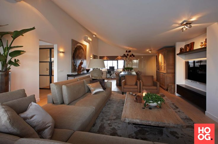 Chique woonkamer inrichten met luxe meubels