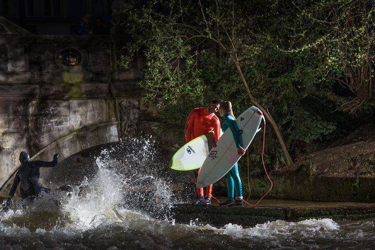 Canon | City surfers