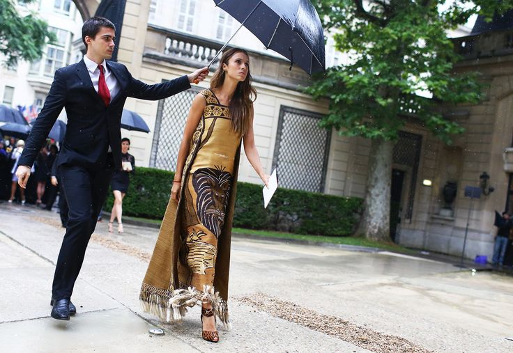 Street Style: Fall 2014 Couture - Vogue I mean if this isnt style i dont know what is