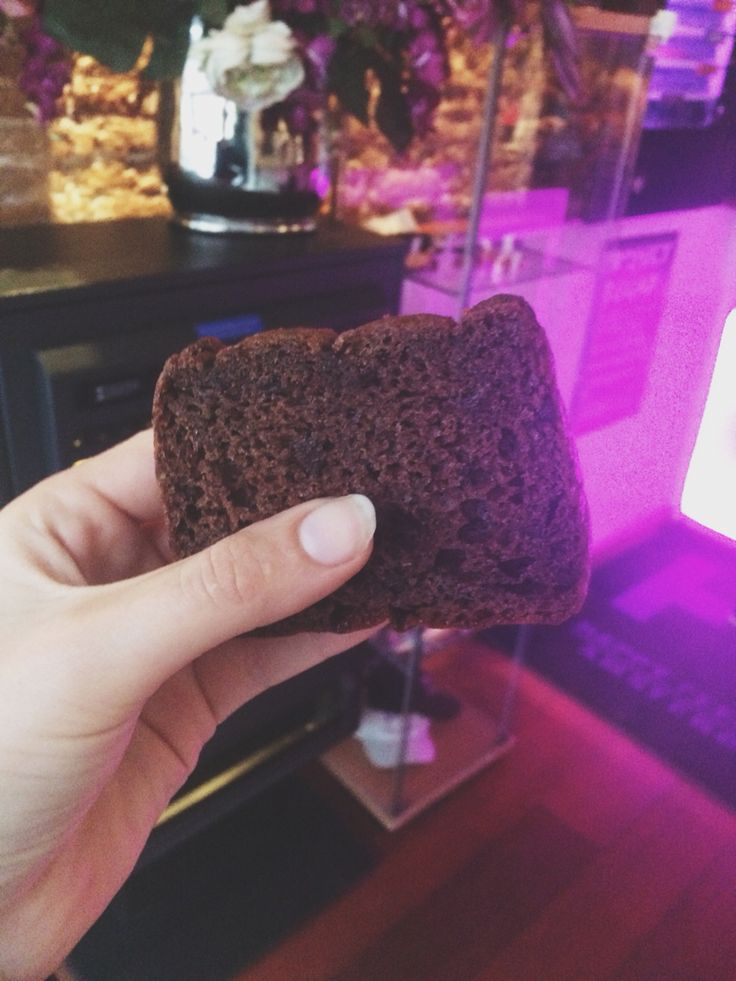 Day 9: Ate a hash brownie and felt so so funny. When in Amsterdam