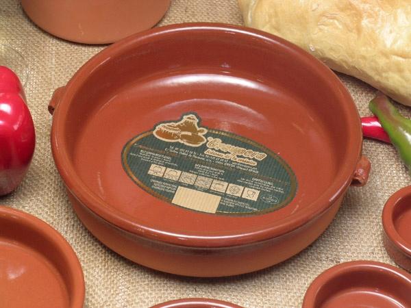 スペイン製耐熱陶器製グラタン皿(直径20cm)ブラウンキャセロール・キャセロール土鍋【cazuelaカスエラ】【あす楽対応_近畿】sgr-0120br【楽天市場】