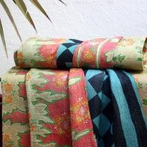 BLUE DIAMOND / PEACH VINATGE KANTHA THROW
