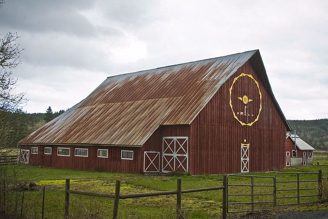 Old Dairy Barn, in the Lincoln Creek area, west of Centralia Washington | Flickr - Photo Sharing!