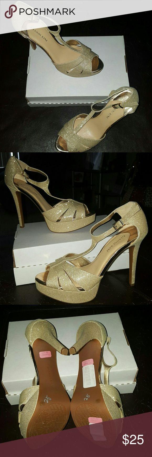Sexy Gold Stilettos Gianni Bini Hot to Death Gold Stilettos Gianni Bini  Shoes Heels