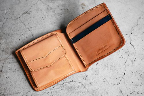 roberu leather goods via VICO MOVEMENT