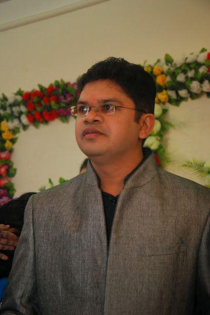 Hair Transplant And Cosmetic Center in Mumbai: Head Ache , Facial Pain, TMD - Dr. Vaibhav Shah