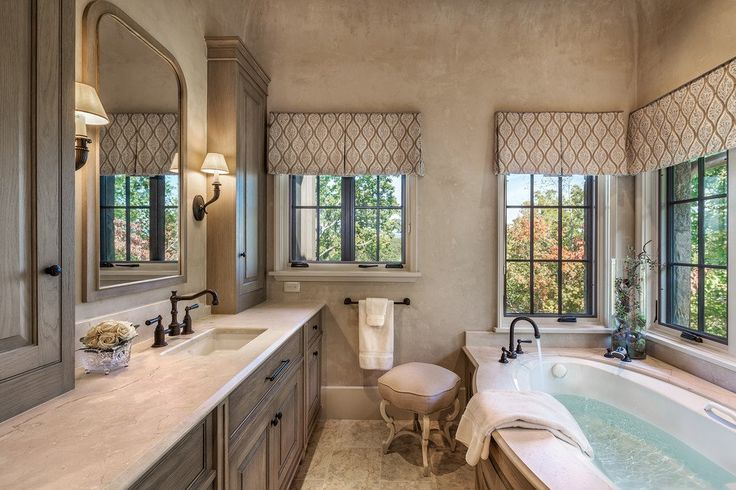 24 Mediterranean Bathroom Ideas: Best 25+ Mediterranean Bathroom Ideas On Pinterest