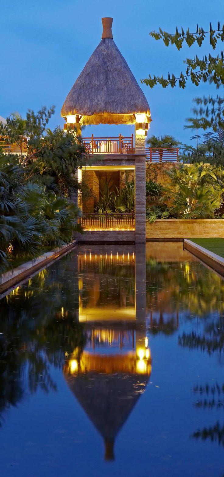Sheraton Sanya Resort Garden Feature- Hainan Island in China