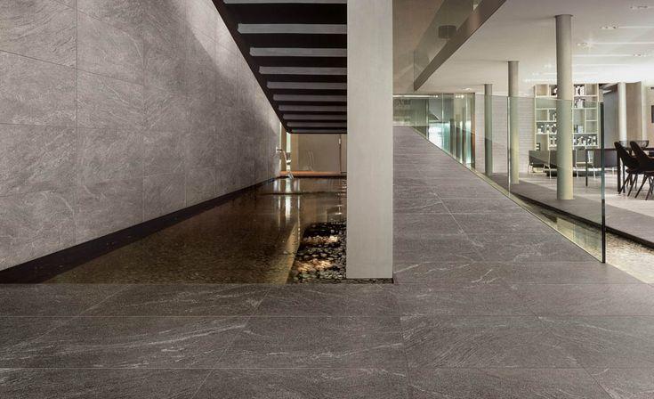 Light 18x36 (walls) and Dark (floor) #unicomstarker