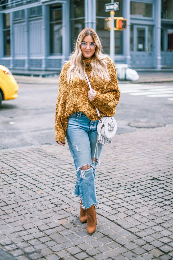 Soho Style via Pineapple & Prosecco / Chenille and Girlfriend Denim