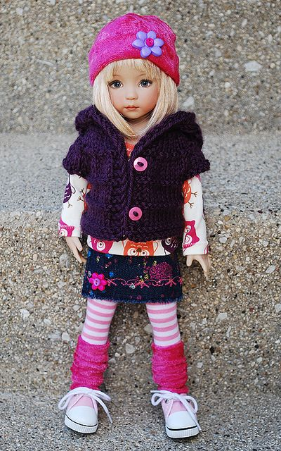 Maybe I can make a similar outfit for AG dolls...: