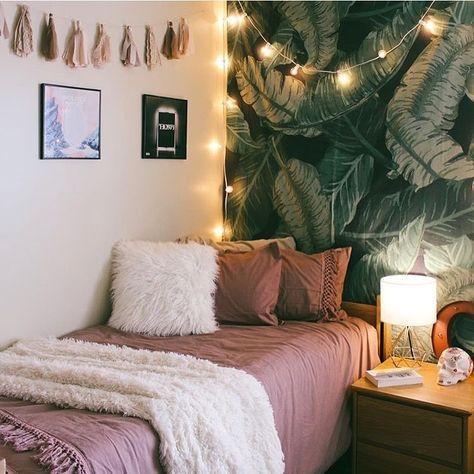 Innis college rooms decor