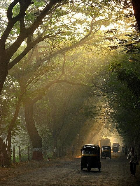Getting some sun in Mumbai, India: Photos, Ears Mornings, Favorite Mode, Travel Accessories, Beautiful Places, Mumbai India, Shubhangi Athaly, Travel Photography, Roads