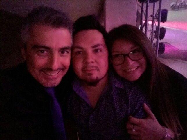 Con amigos se pasa mejor y todo funciona de maravillas... con Roland y Naty de Eventos Full, esta noche en Club de Campo La Reina. #mauroandree