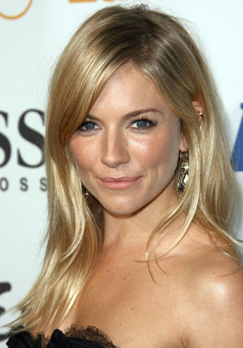 Sienna Miller..blonde hair & light makeup