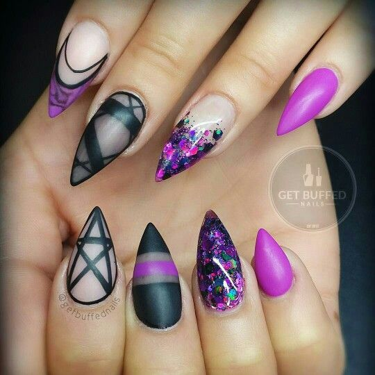 20+ Best Ideas About Goth Nails On Pinterest