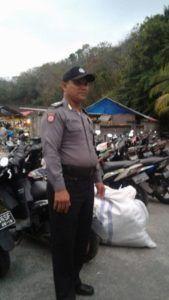 Pantau Kegiatan Pasar Desa Padangbai Humas Sektor Padangbai Polres Karangasem Laksanakan Pam