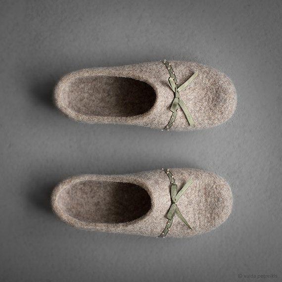 Women felted slippers house shoes Princess beige от FeltStudioVART