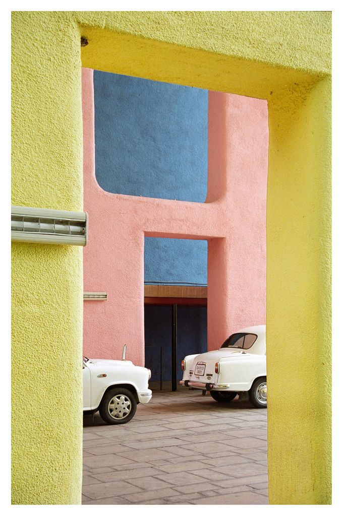 high court, chandigarh, 1955 • le corbusier, 1955 • matthias van rossen | street photography | colours