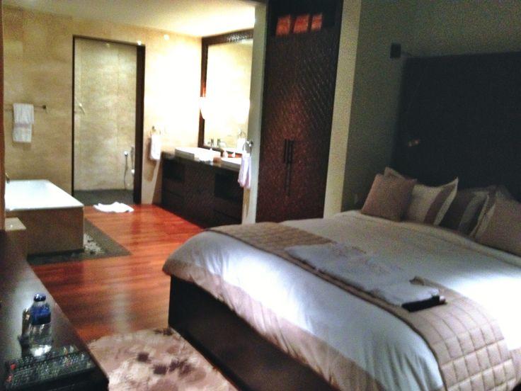 Another bedroom at the villa  http://www.biubiukamala.com