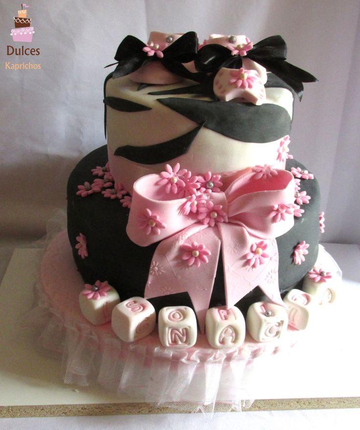Torta Baby Shower #TortaBabyShower #DulcesKaprichos #TortasDecoradas