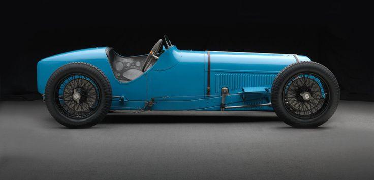 Il y a 90 ans, #Delage remportait le titre de champion du monde des constructeurs  #Retromobile2016