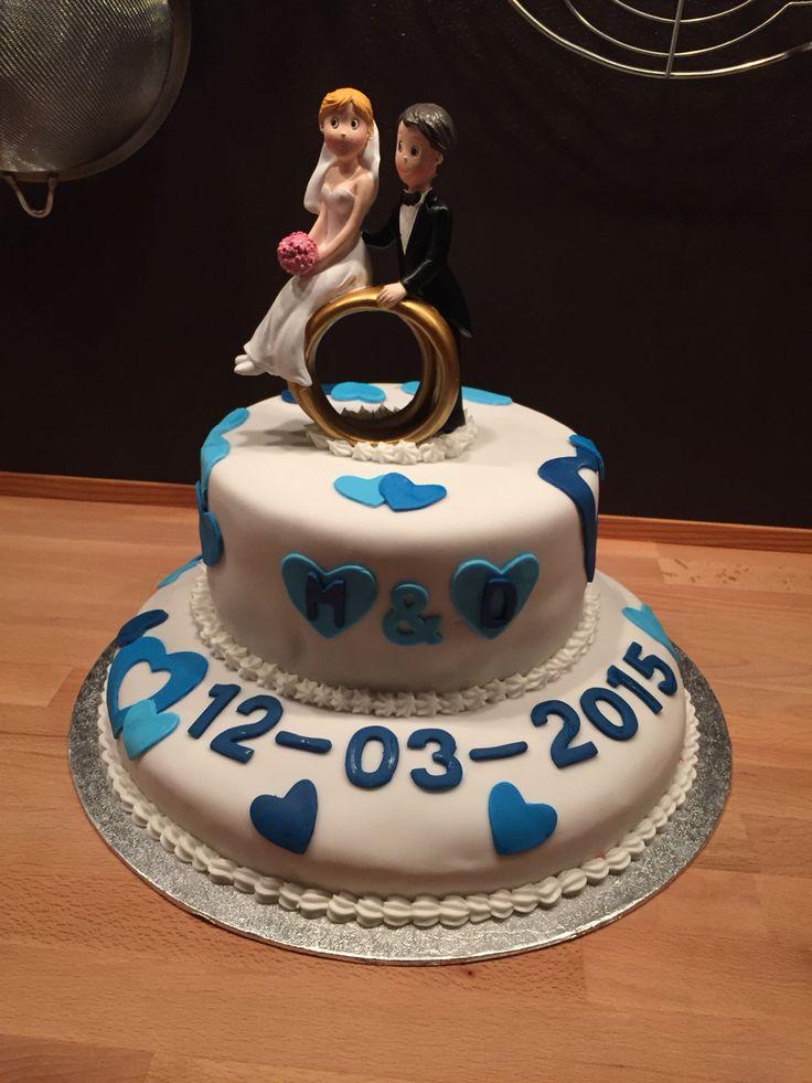 Bruidstaart, thema blauw. Lactosevrij, glutenvrij, citroenzuurvrij.