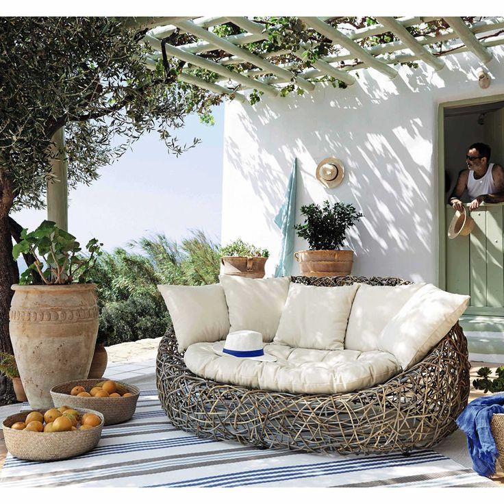 17 meilleures id es propos de canap de jardin sur. Black Bedroom Furniture Sets. Home Design Ideas