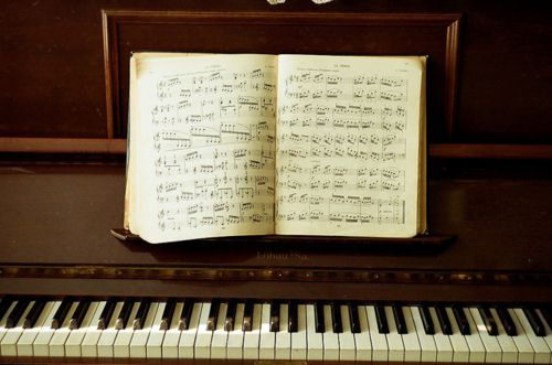 playing the piano is so soothing