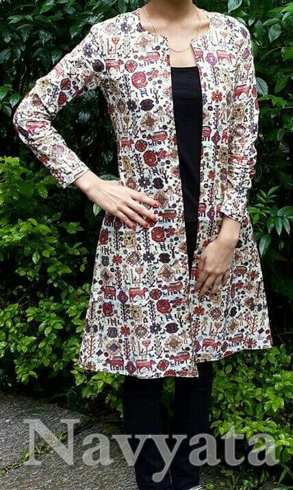 Block print long jacket. For further details contact us on + 919892398900, + 919930413660