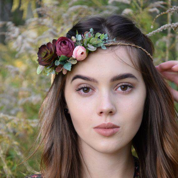 Deikatny Wianek Na Glowe Kwiatysapiekne Kwiaty Do Wlosow Floral Floral Wreath Boho