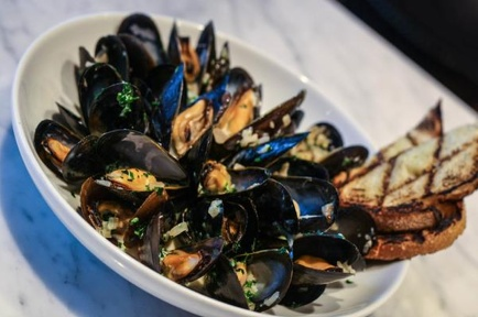 #PEI #mussels at Water Grill in LA, California.