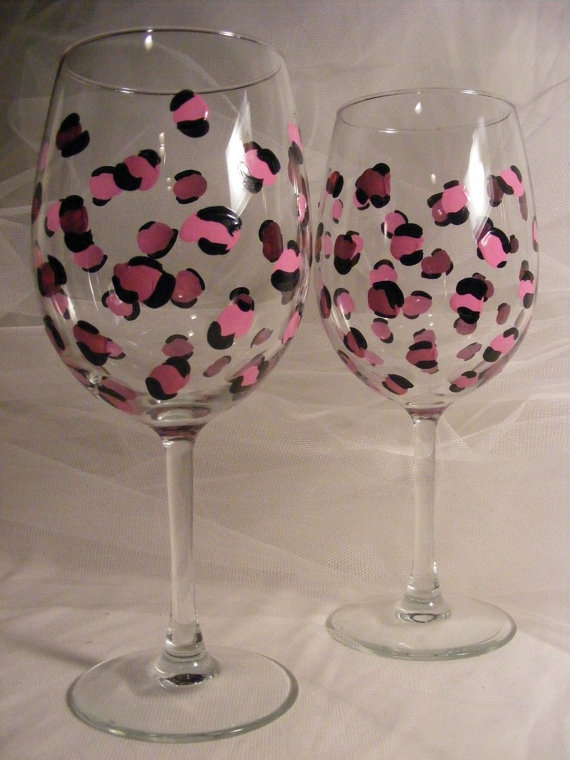 447 best painted wineglasses images on pinterest bunting for Type of paint to use on wine glasses