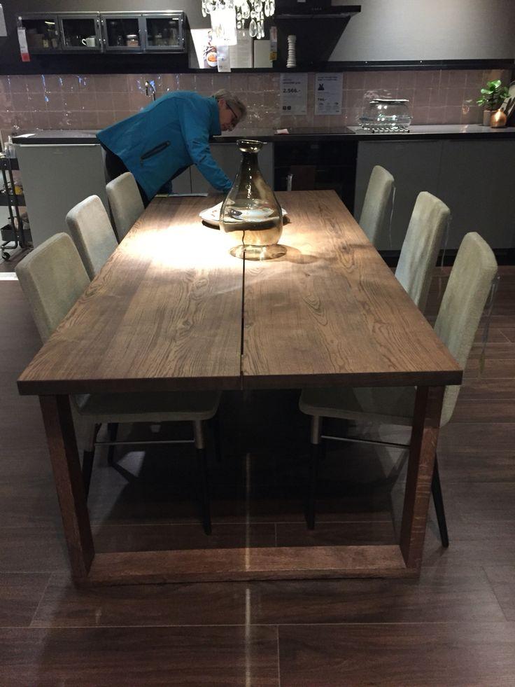 Mooie eettafel van Ikea!