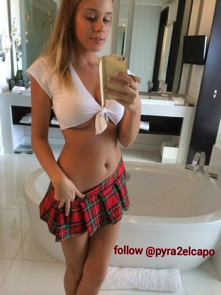 sexy naked tight school girl