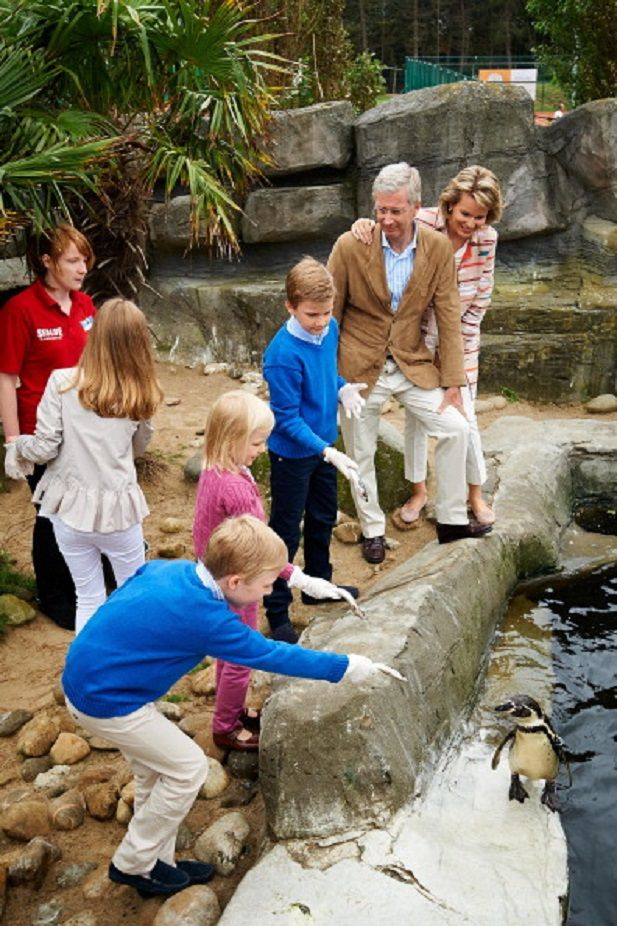 (L-R) Prince Emmanuel, Princess Eleonore, Princess Elisabeth, Prince Gabriel, King Philippe and Queen Mathilde of Belgium visit Sealife, 12.07.2014 in Blankenberge, Belgium.