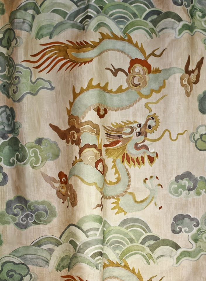 love this new carlton v linen fabric for some soft drapes!