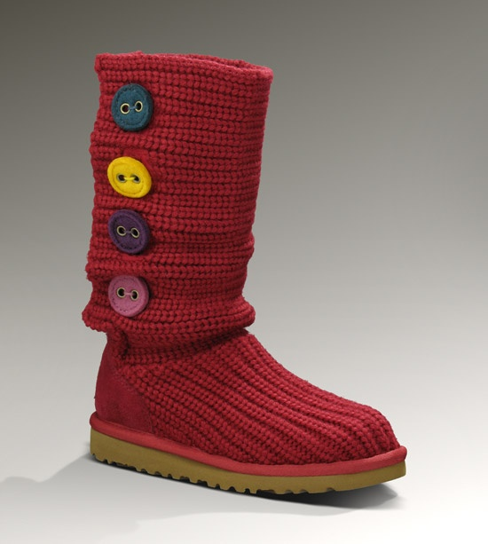 Cute Uggs I Like The Different Colored Buttons My Type